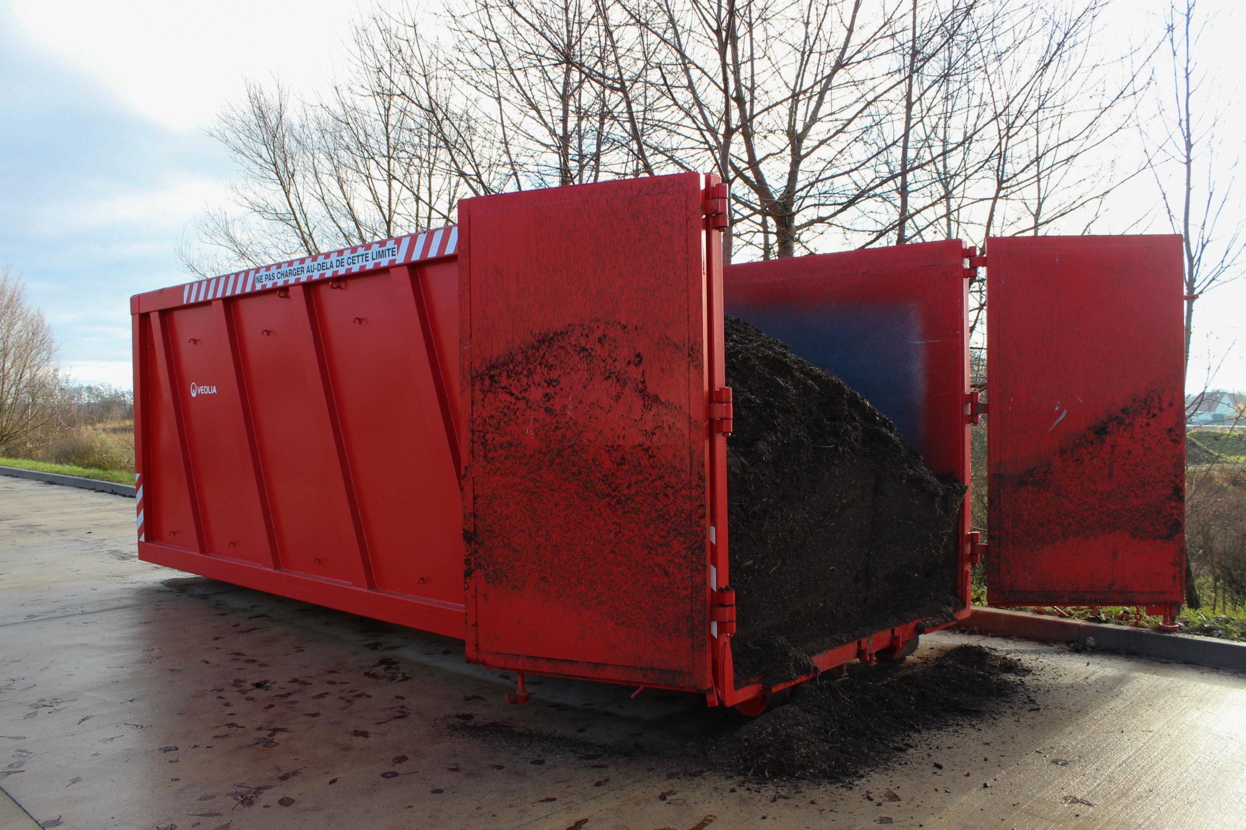 Read more about the article DECHETERIES : benne à compost